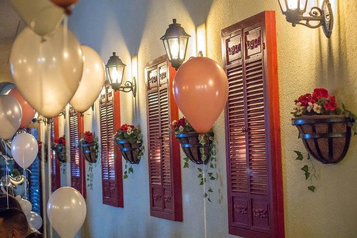 Arturos-small-hall-events-lp-700-12